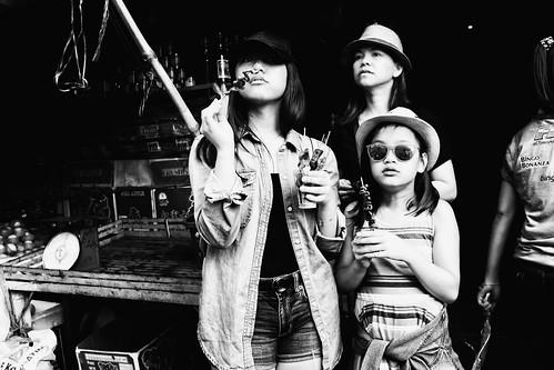 meljoesandiego fuji fujifilm x100f streetphotography streetfood people candid monochrome philippines