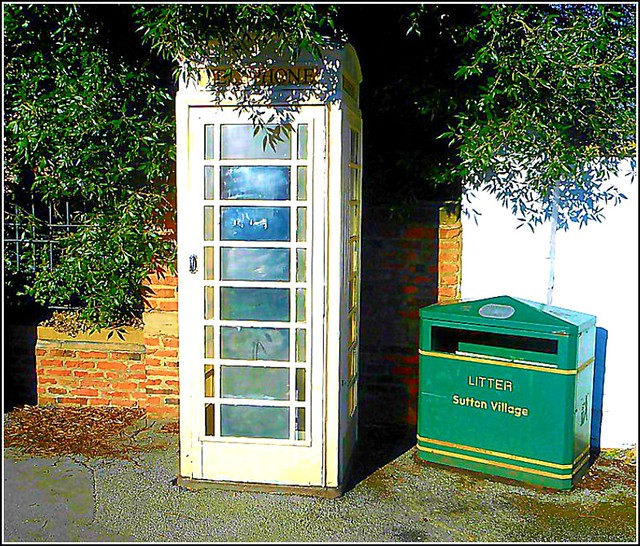 One of Hulls Iconic Phone Boxes ..