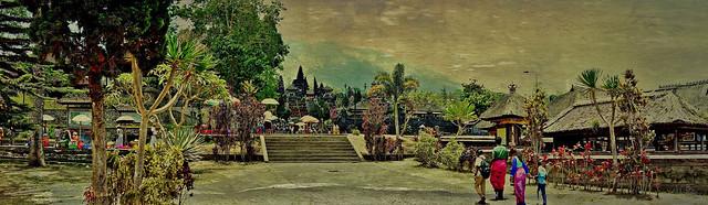 INDONESIEN, Bali , Rund um den Muttertempel  Pura Besakih an der Flanke des Vulkans Agung (3142 m ) ,17980/11207