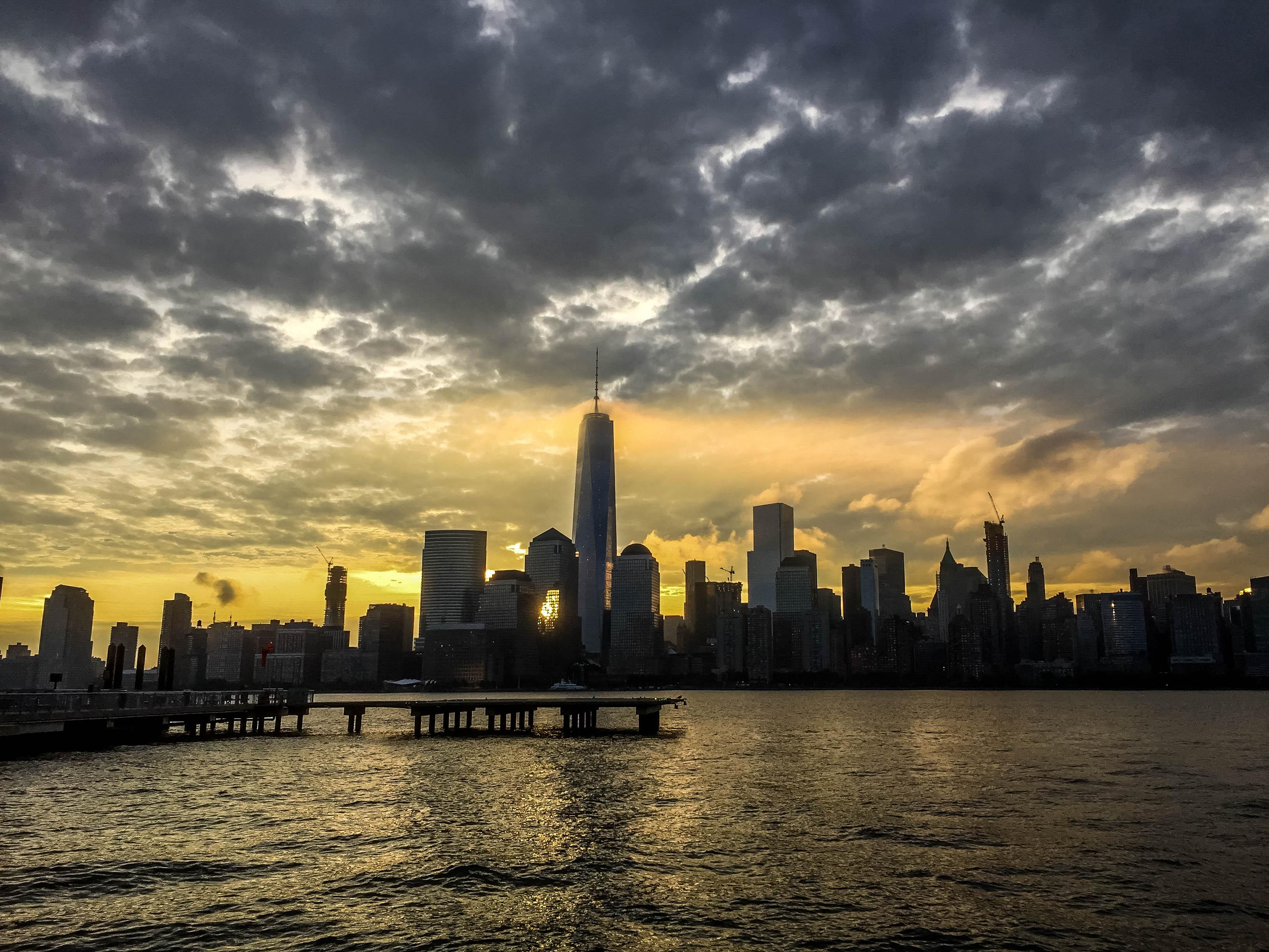 NYC Manhattan from Jersey side.jpg