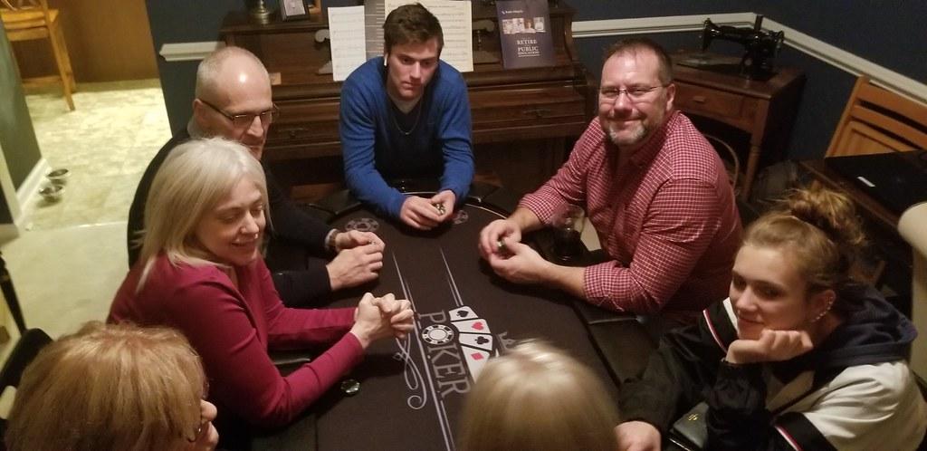 Tue, 12/25/2018 - 17:22 - Cards2