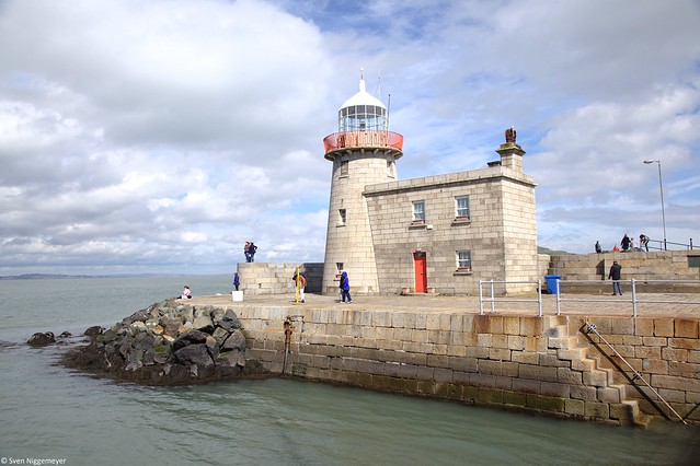 Leuchtturm auf der Halbinsel Howth bei Dublin am 19.04.18