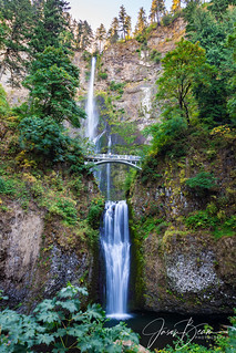 2016-0827_135459_6706_columbia_river_gorge_multnomah_falls   by JasonBeam