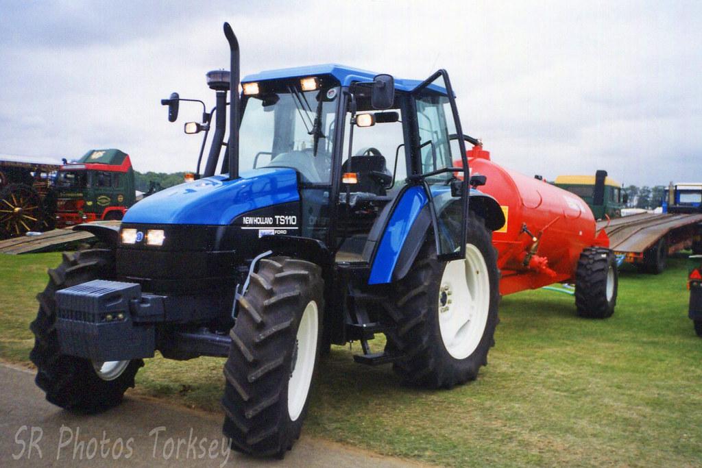 New Holland TS110 Tractor | Stuart Rose | Flickr