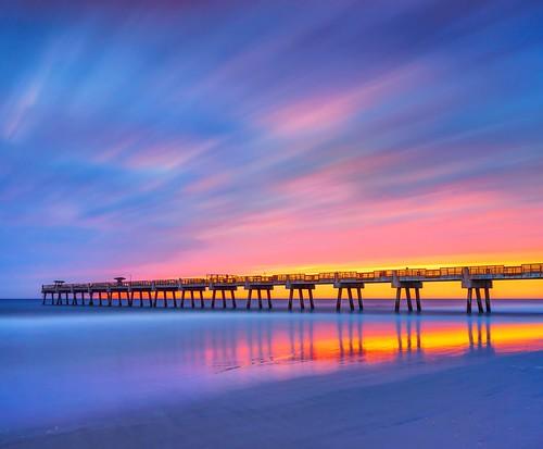 dawn sunrise florida jacksonvillebeach fishingpier jacksonvillebeachpier longexposure leefilters