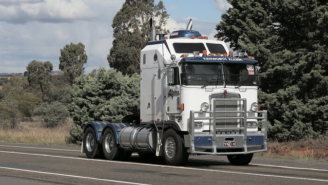 Cabover KENWORTH Brothers (3/6)