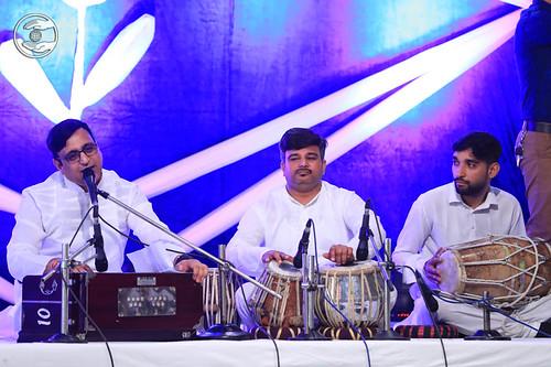 Devotional song by Dr. Vinod Gandharv