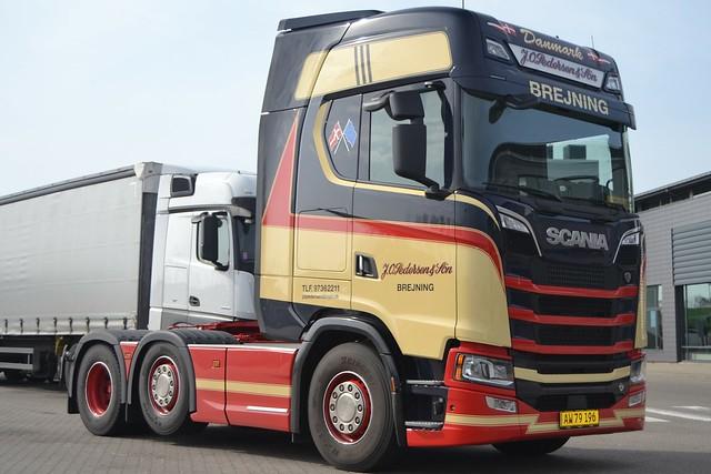 Scania New Generation  V8 - Pedersen J. O. & Søn  Brejning - AW 79 196