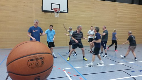 Montagsgruppe hat nun Hauptsponsor Intersport Armin
