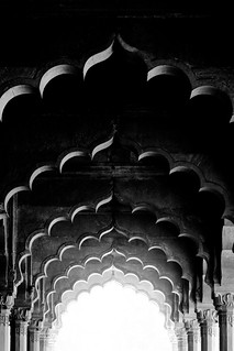 Welcome to India | The Red Fort, Old Delhi, India | by t linn