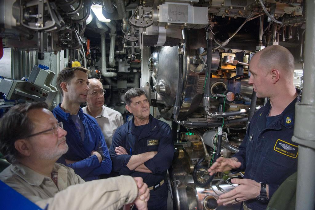 Senators, Representative, and VCNO visit USS Connecticut.