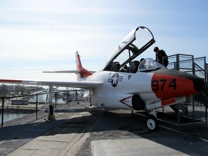 North American T-2C Buckeye 2