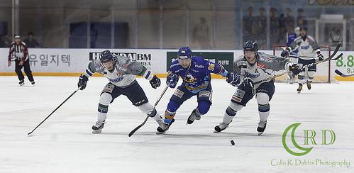 Halla vs Blades Play offs 3-13-18_0436