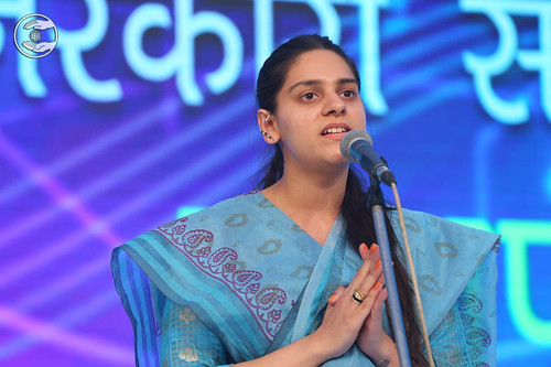 Devotional song by Niharika Chaudhari from Delhi