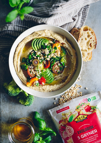 Hummus Bowl with Grain Salsa | Cashew Kitchen | by cashewkitchen