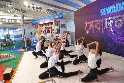 Yoga by volunteers of Bal Sewa Dal