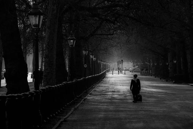 I walk alone (#0851)