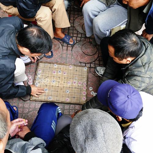 vietnam hanoï street rue streetscape chess game chessgame échecs trottoir sidewalk scènederue streetview streetscene communauté amitié community friendship fz1000