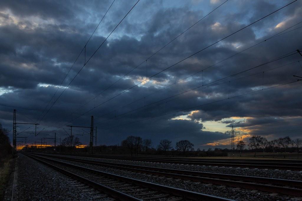 272_2018_03_12_Oelde_Tagesende_Wolkenspiel