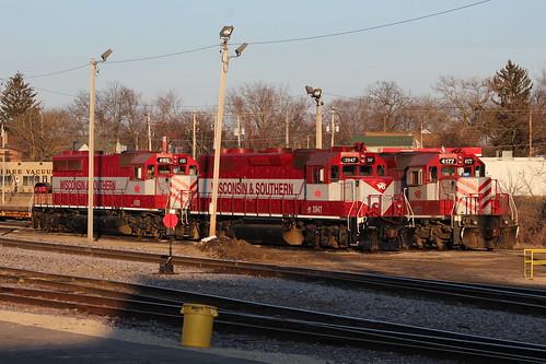 wamx wsor trains sd402 gp39 sunset janesville wisconsin