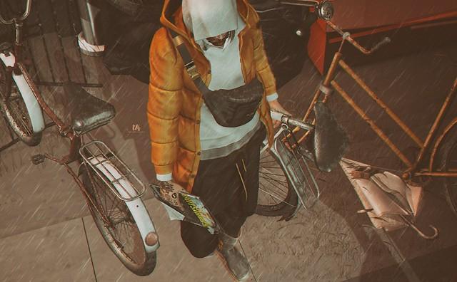 La Bicicleta - Close Up
