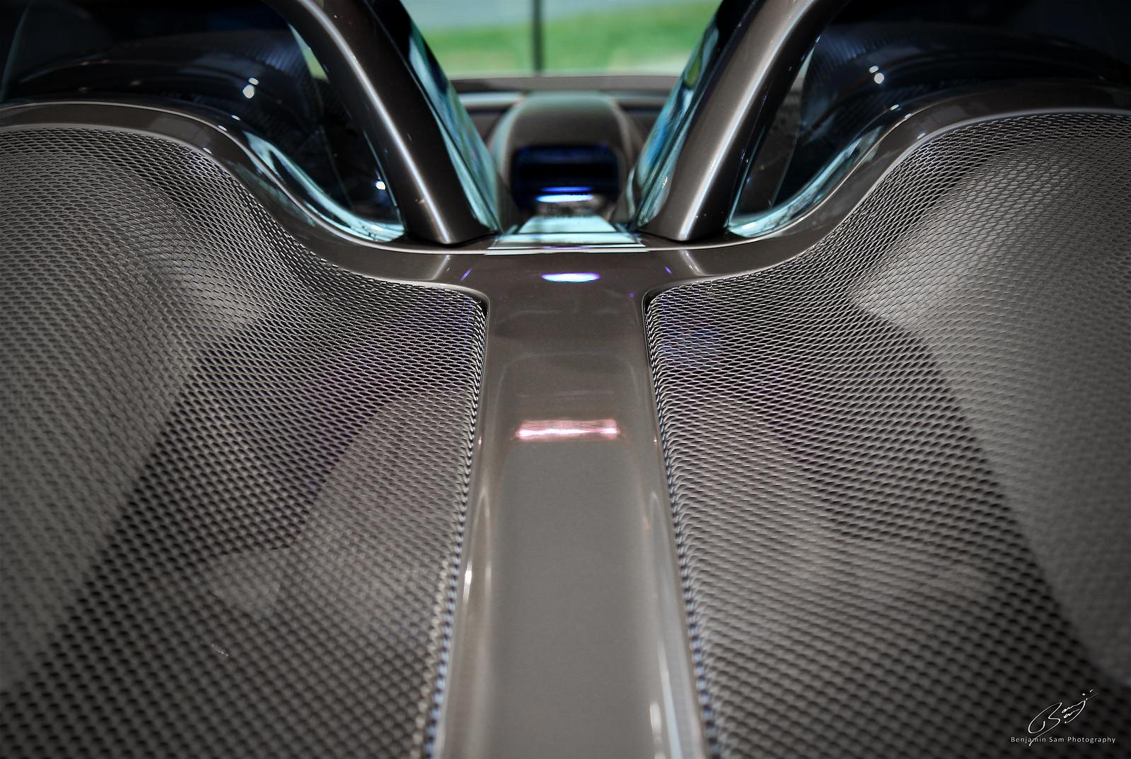 Porsche Carrera GT LR