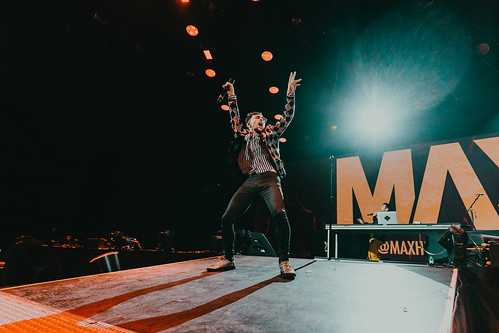Live Review: Fall Out Boy, Against the Current & MAX