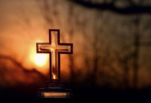 flickrfriday sunflare flare nikond3200 55300mmlens glass cross sunset spring