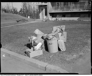 Garthdale Court : Garbage Complaint   Photographer: North Yo