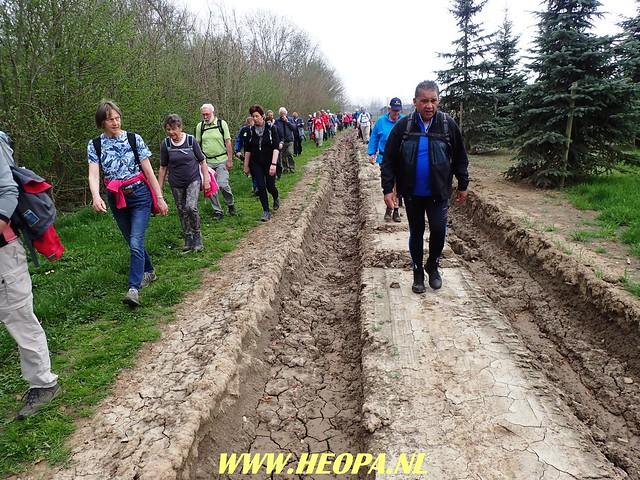 2018-04-11              Rhenen 2e dag    25 Km  (190)