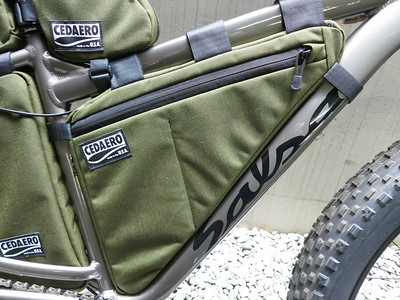 CEDAERO Blackborow Full Frame Pack