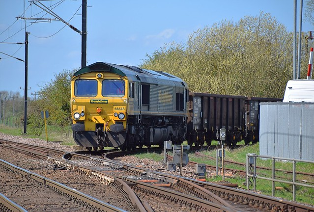 Freightliner 66548 at Foxton, reversing the 09.18 working from Willesden Euroterminal into the Exchange Sidings where the loco will run around the train and continue the short distance to Barrington. 18 04 2018