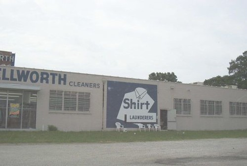 Wellworth Cleaners (Dead 2003)