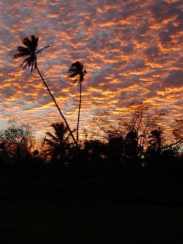 sunrise o'oa.JPG
