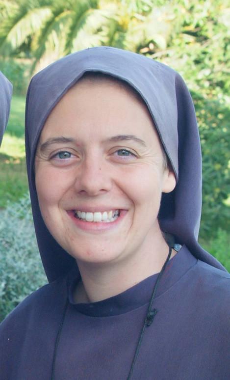 Hna. Clare trabajando en 2012