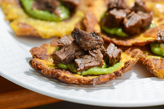 Tostones with Grilled Skirt Steak