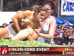 slaw wrestling