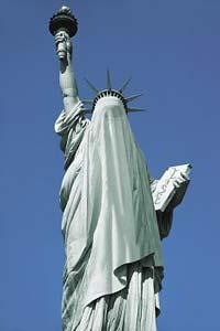 staute_of_liberty_draped