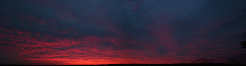 christmas xmas pink blue sunset sky 15fav panorama orange 2004 topv111 clouds canon catchycolors birmingham backyard purple stitch widescreen pano horizon alabama fluffy panoramic canoneos20d muted browofchrist