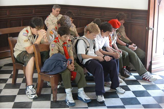 Scouts praying