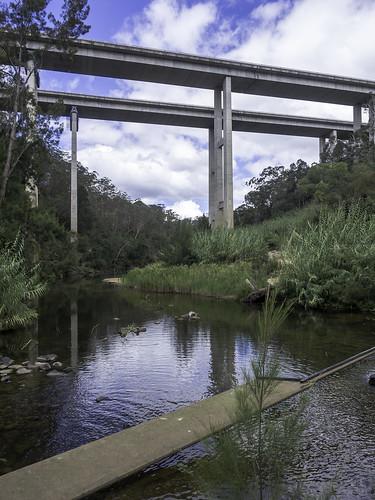bridges douglasparkcauseway douglasparknsw humemotorwaybridges landscape nepeanriver olympus paulleader architecture bridge transport transportation humehighway nsw newsouthwales australia