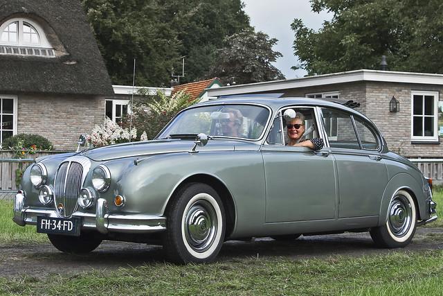 Daimler 2½-LITRE V8 Saloon 1965 (5759)
