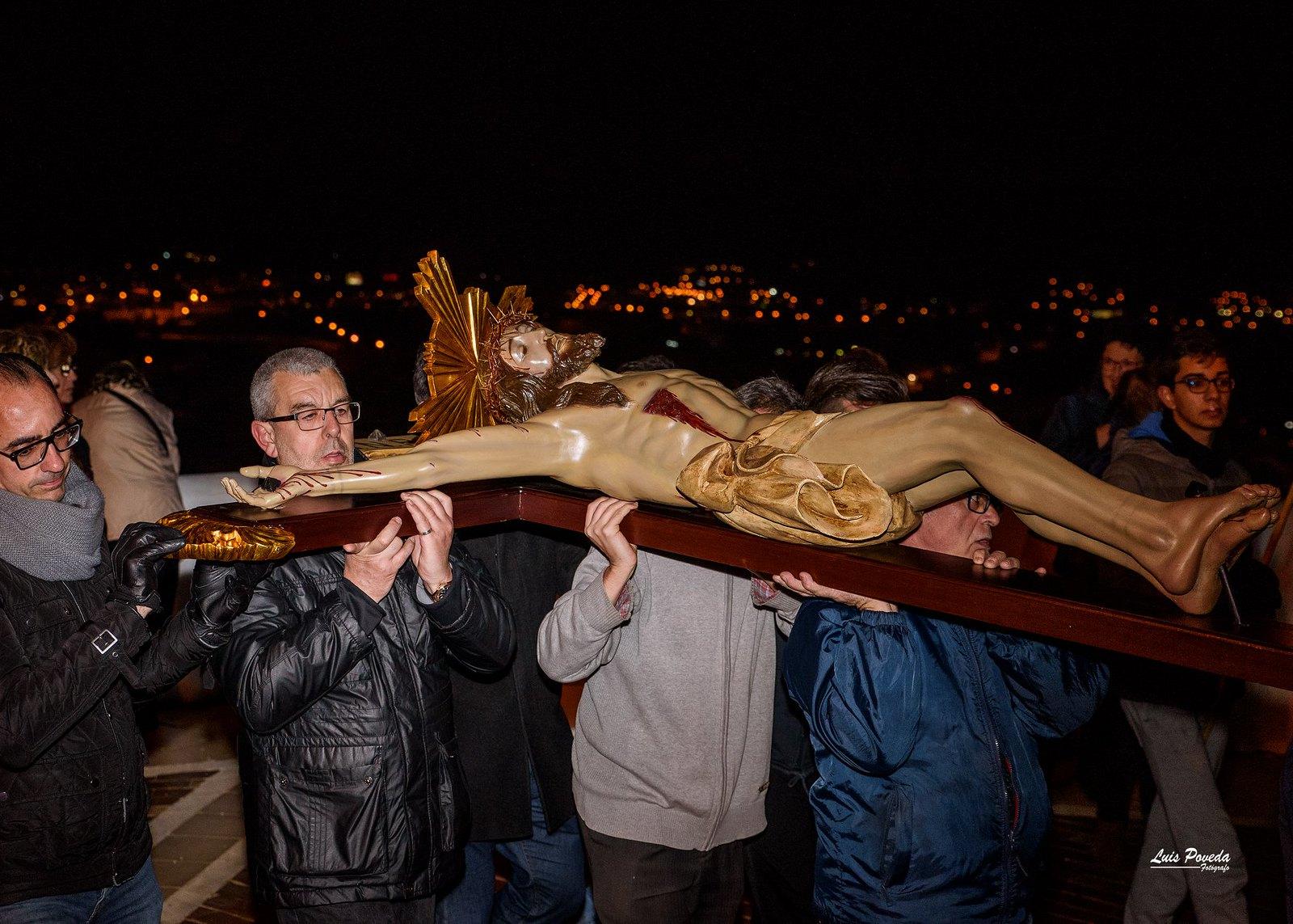 (2018-03-23) - IX Vía Crucis nocturno - Luis Poveda Galiano (09)