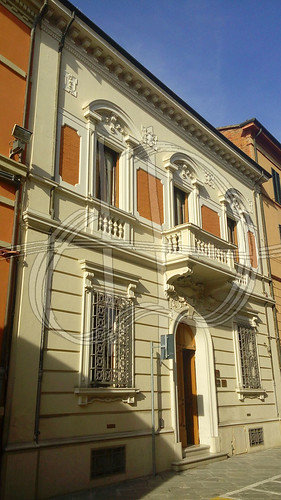 Interesting building on Via Cosimo Morelli | by WasabiHoney