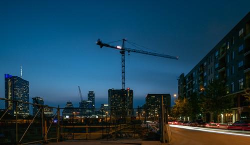 austin texas unitedstates crane construction fairmont downtown skyline sky corazon evening night 5thstreet