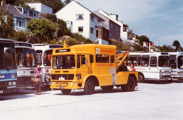 Cornwall Polperro Western National Leyland recovery vehicle