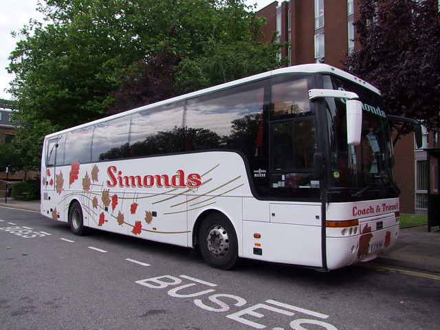 Simonds of Diss Van Hool coach (378 BNG), Crown Street layby, Ipswich 13-07-16