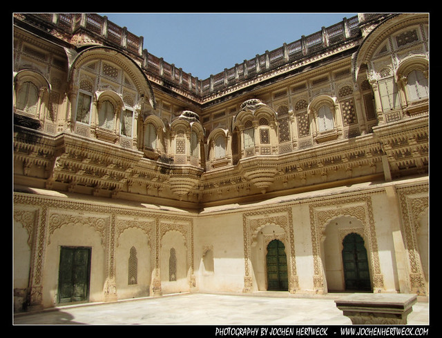india2012_preview_116
