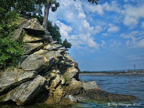 lake rocks chickamaugadam chickamaugalake