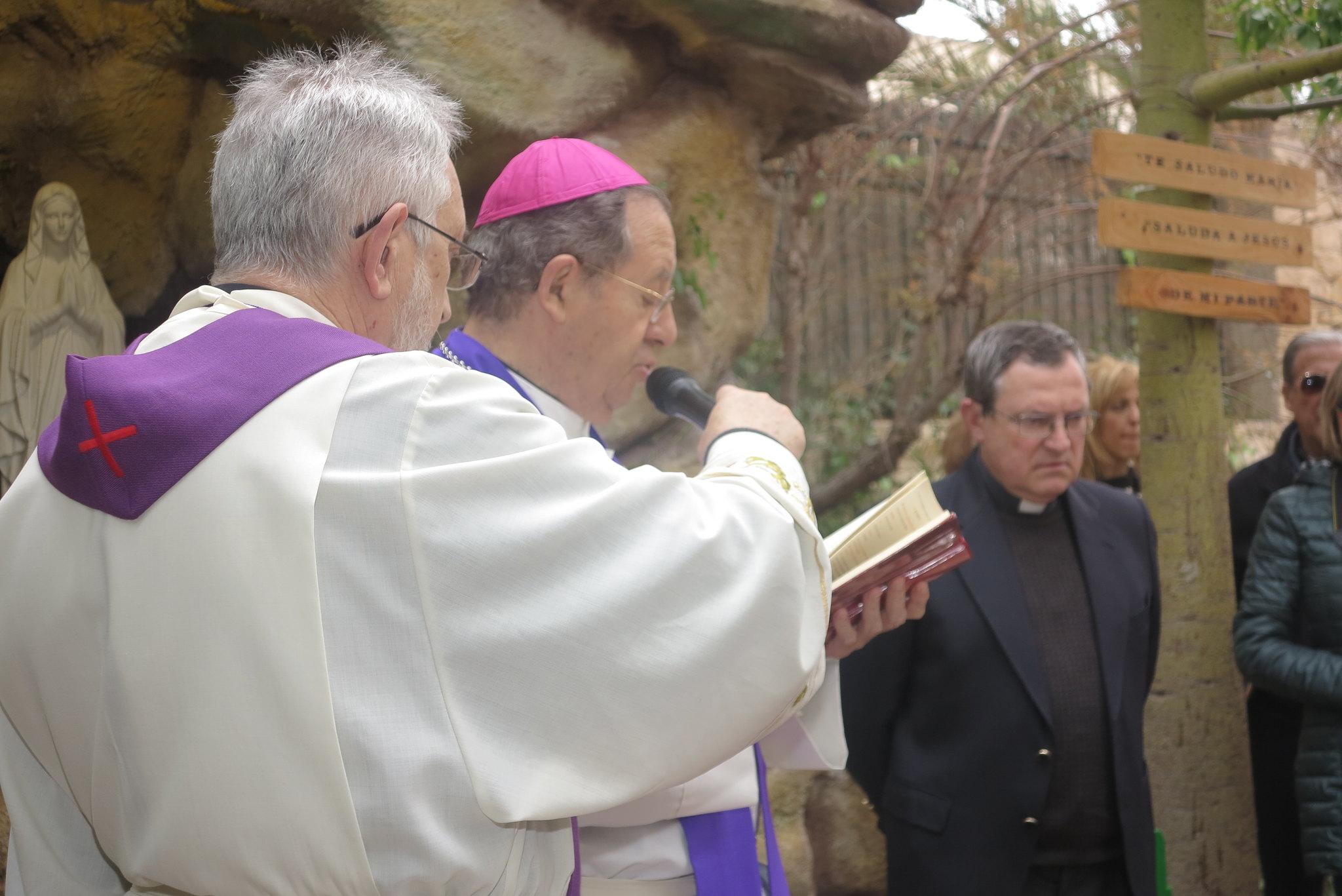 (2016-02-13) - Inauguración Virgen de Lourdes, La Molineta - Archivo La Molineta 2 (51)